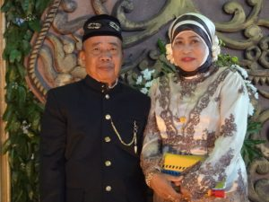 Uma La Ketu dan Ine Baida di Surabaya